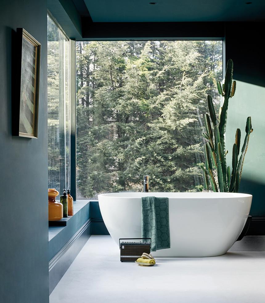 Baignoire Beton De Synthese greta mineral, ilot de salle de bain par grandbains.